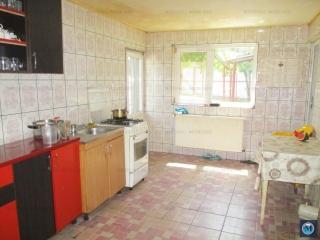 Casa cu 3 camere de vanzare, zona Rudului, 73.54 mp