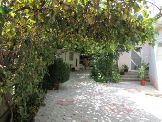 Casa cu 5 camere de vanzare, zona Mihai Bravu, 106 mp
