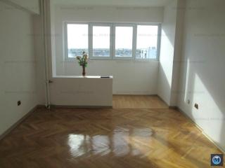 Apartament 3 camere de vanzare, zona Sud, 70 mp