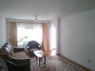Casa cu 4 camere de vanzare, zona Mihai Bravu, 80 mp