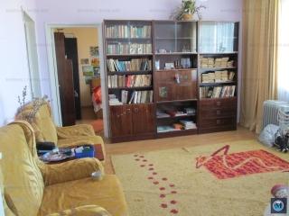 Apartament 3 camere de vanzare, zona Cina, 62.48 mp