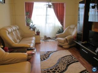 Apartament 3 camere de vanzare, zona Malu Rosu, 80 mp