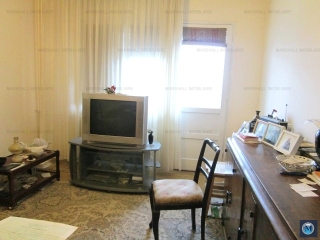 Apartament 4 camere de vanzare, zona Vest - Lamaita, 74.01 mp