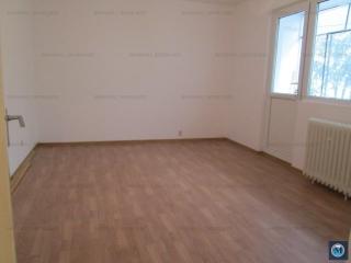 Apartament 4 camere de vanzare, zona Baraolt, 81.75 mp