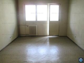 Apartament 3 camere de vanzare, zona Republicii, 74.03 mp