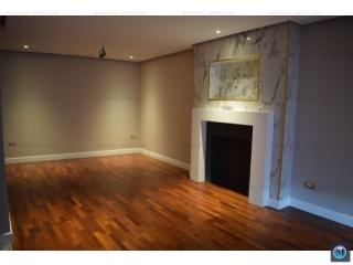 Apartament 3 camere de vanzare, zona Albert, 116.91 mp