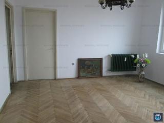 Apartament 3 camere de vanzare, zona Nord, 61.37 mp