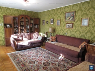 Casa cu 3 camere de vanzare, zona Lupeni, 95.53 mp