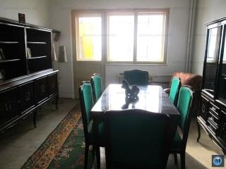 Apartament 3 camere de vanzare, zona Republicii, 61.75 mp