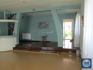 Vila cu 5 camere de vanzare, zona Exterior Est, 175.09 mp
