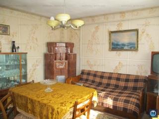 Casa cu 3 camere de vanzare, zona Marasesti, 64.29 mp