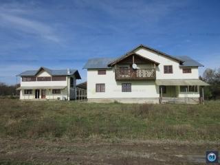 Hotel / Pensiune de vanzare in Valenii de Munte, 210 mp