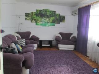 Apartament 4 camere de vanzare, zona Baraolt, 80.83 mp