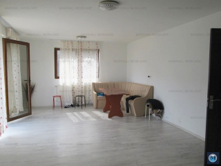 Vila cu 9 camere de vanzare, zona Penes Curcanul, 368 mp