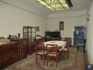 Casa cu 6 camere de vanzare, zona Transilvaniei, 167 mp