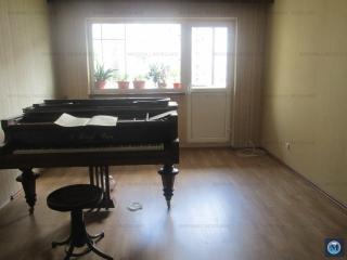 Apartament 4 camere de vanzare, zona P-ta Mihai Viteazu, 85.52 mp