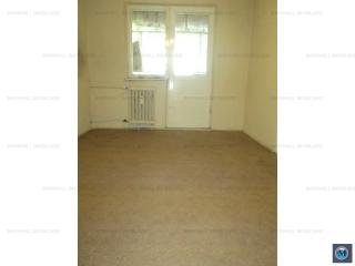 Apartament 3 camere de vanzare, zona Malu Rosu, 49.28 mp