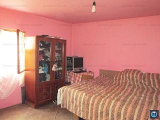 Casa cu 2 camere de vanzare, zona Rafov, 46 mp