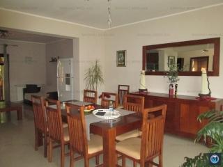 Vila cu 5 camere de vanzare in Strejnicu, 161.34 mp