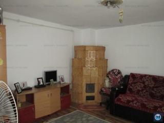 Casa cu 3 camere de vanzare, zona Nord, 67 mp
