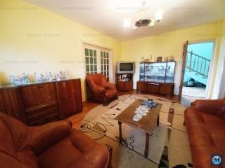 Vila cu 8 camere de vanzare in Boldesti-Scaeni, zona Central, 240 mp
