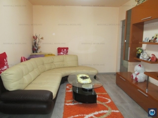 Apartament 3 camere de vanzare, zona Malu Rosu, 52.71 mp