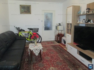 Apartament 3 camere de vanzare, zona Nord, 56 mp