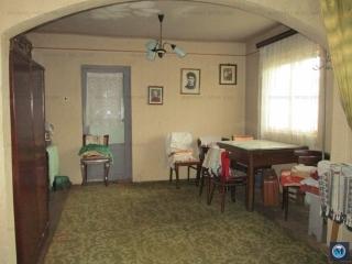 Vila cu 6 camere de vanzare, zona Parcul Tineretului, 108.33 mp