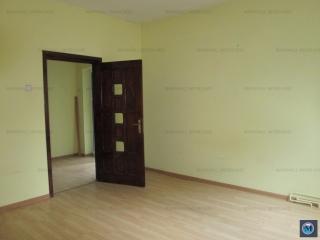Vila cu 2 camere de vanzare, zona Eroilor, 95 mp