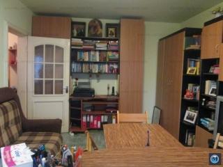 Apartament 3 camere de vanzare, zona Cantacuzino, 72.00 mp