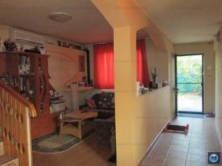 Vila cu 5 camere de vanzare, zona 8 Martie, 200 mp