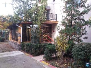 Vila cu 4 camere de vanzare in Barcanesti, 145 mp