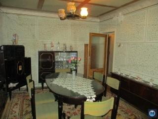 Casa cu 6 camere de vanzare in Tatarani, 172.5 mp
