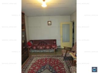 Apartament 3 camere de vanzare, zona Democratiei, 58.94 mp