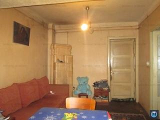 Vila cu 6 camere de vanzare, zona Parcul Tineretului, 133 mp