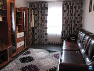 Apartament 3 camere de vanzare, zona 9 Mai, 56 mp