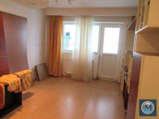 Apartament 4 camere de vanzare, zona B-dul Bucuresti, 78.28 mp