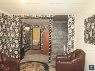 Casa cu  camere de vanzare, zona Rafov, 90 mp