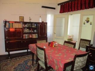 Casa cu 3 camere de vanzare, zona Lupeni, 78.50 mp