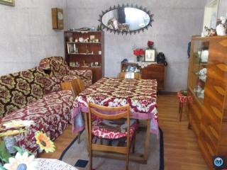 Apartament 3 camere de vanzare, zona B-dul Bucuresti, 72 mp