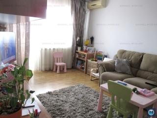 Apartament 3 camere de vanzare, zona Republicii, 76.32 mp