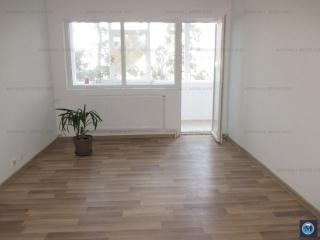 Apartament 3 camere de vanzare, zona Nord, 65 mp