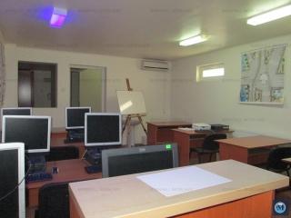 Spatiu  birouri de vanzare, zona Central, 200 mp