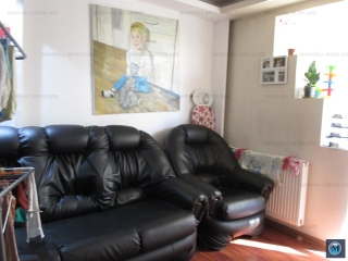 Apartament 3 camere de vanzare, zona Malu Rosu, 45.5 mp