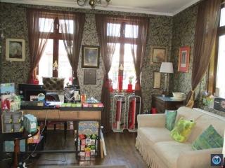 Casa cu 6 camere de vanzare, zona Ana Ipatescu, 145 mp