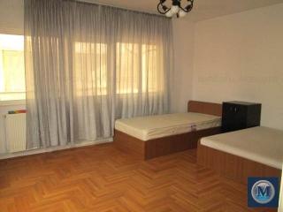 Vila cu 6 camere de vanzare, zona Est, 235.6 mp
