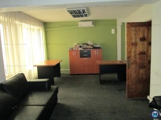 Spatiu  birouri de inchiriat, zona Central, 463.86 mp