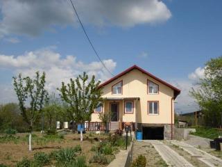 Vila cu 4 camere de vanzare in Baicoi, zona Exterior Est, 119 mp