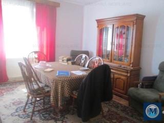 Apartament 3 camere de vanzare, zona Republicii, 98.98 mp