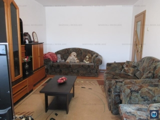 Apartament 3 camere de vanzare, zona Malu Rosu, 72.59 mp